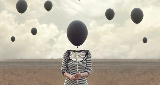 Psicologa Cernusco – Le tecniche di Defusione: come distanziarsi dai pensieri disfunzionali